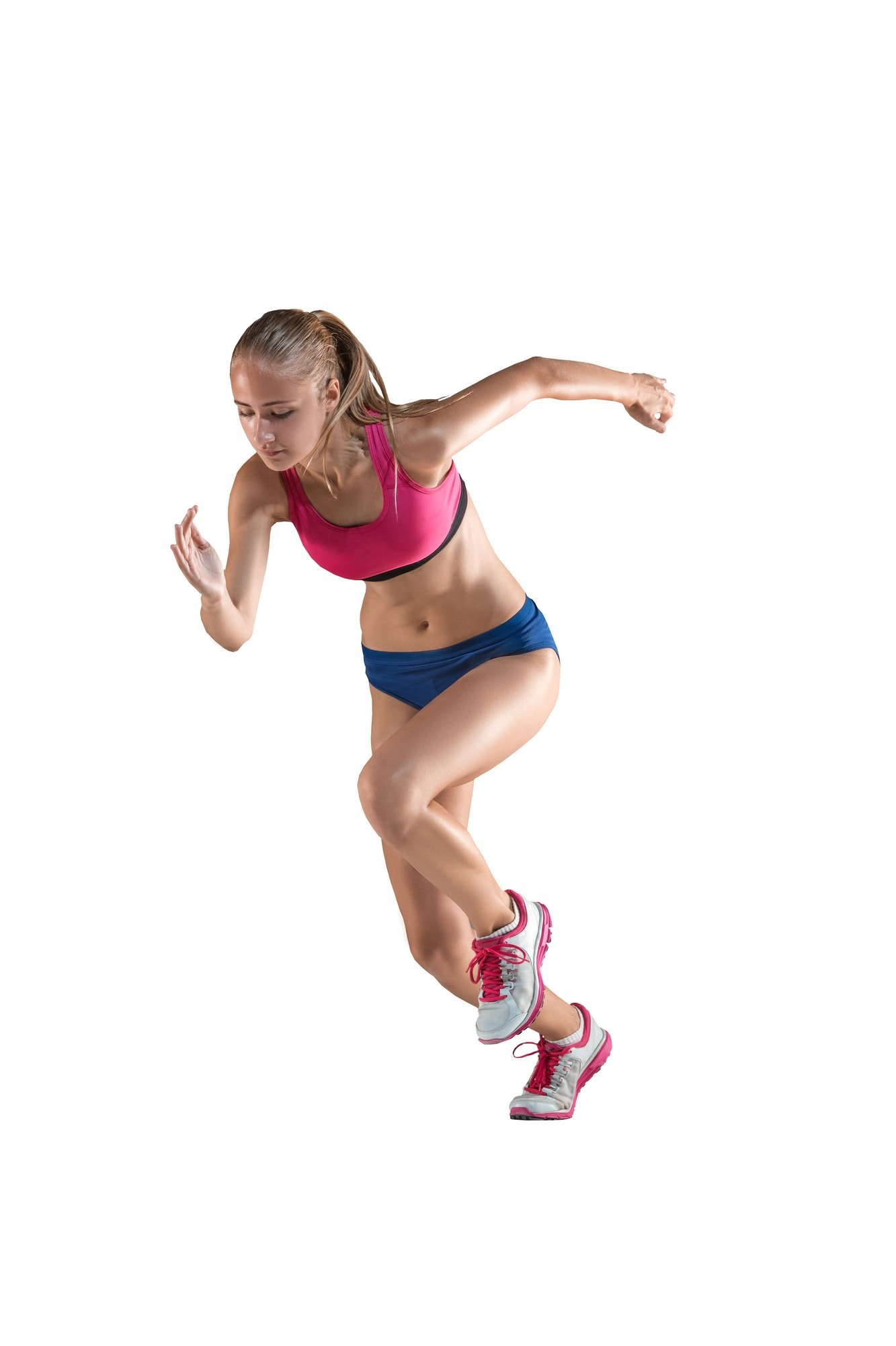 Deportes de atleta femenina de salto de altura está en acción